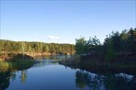 Затопленный карьер в городе Челябинск
